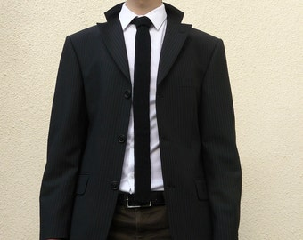 Black Skinny Tie, Knit in 100% Lambswool - Gift for Men - MADE TO ORDER