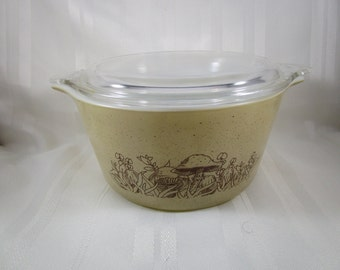 Pyrex 473, Forrest Fancies Baking Dish with Lid, #473-B, Pyrex Forest Fancies Casserole Dish, 1 Qt Casserole Dish, Baking Dish with Lid