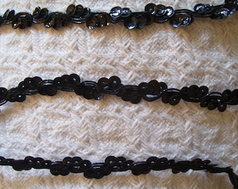 "Black ""Cupped"" Sequin & Cording Trim in Ric Rac Pattern.  3/8"" x 5 yards.  Continuous, carded"