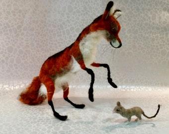 Needle felted fox, wool fox, fox figurine, fox sculpture, woodland animal, woodland creature, felted woodland, forest animal, forest felted