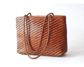 vintage brown woven leather oversized bag