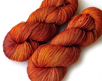 600 Yards Hand Dyed Yarn Merino and Silk Fingering Yarn - Candied Yam, 600 yards/150 grams