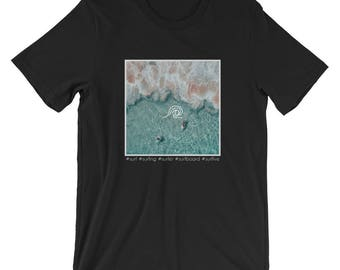 Surfing / Surf Water / Surfer / Surfboard Wave / Surf Wear / Surf Style / Competition / Short-Sleeve T-Shirt / Gift