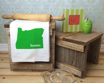 Oregon State Flour Sack Towel, Oregon State Tea Towel, Flour Sack Tea Towel, Housewarming Gift, Wedding Gift, Real Estate Gift, State Art