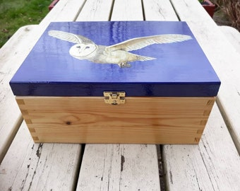 Wooden Jewellery Box with Tray, Trinket, Treasure, Keepsake, Memory, Hand Painted Acrylic Flying Barn Owl, Dark Blue, Wood Grain