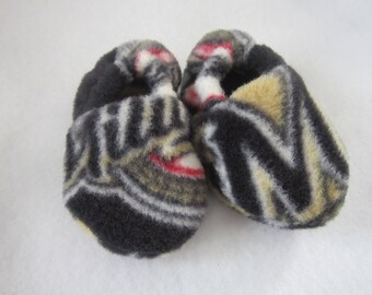 Milwaukee Brewers fleece baby booties