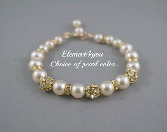 Bridal bracelet, Wedding Jewelry, Bridesmaid gift, Fall wedding Jewellery, Swarovski Pearls, Ivory Pearl Bracelet, Gold Rhinestones.