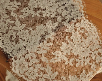 French Eyelash Alencon Lace Fabric Trim in Ivory , Double Scallop Eyelash Floral Bridal Wedding Veil Lace