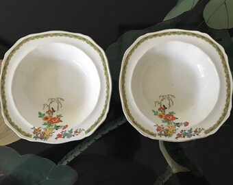 Pair Alfred Meakin cereal or soup bowls