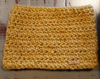 Chunky Gold Yellow Crochet Cowl Scarf Infinity Neck warmer Stylish SALE