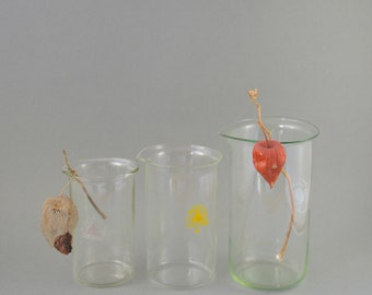 Vintage Beakers, Glass Beaker Set of 3, Laboratory Glass, Scientific Flasks, Medical Glass, Laboratory Ware, Vintage Glassware, Beaker Flask