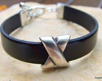 Black leather bracelet, craft jewel, superb, silver plated