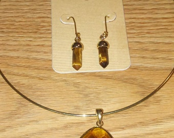 Gold Topaz Earring and Neckless Set