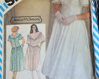 Vintage 1983 Dress Sewing Pattern Simplicity 6270 Misses' Back Button Dress Bust 32 Inches Complete