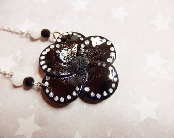 Polka dot black poppy Flower necklace / necklace poppy flowers