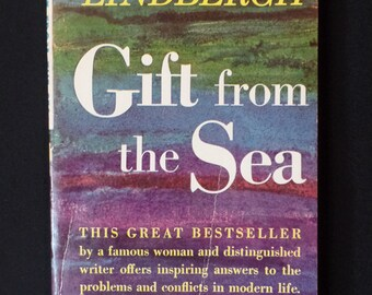 Paperback-Gift From The Sea by Anne Morrow Lindbergh