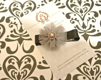 Pretty dark grey flower hair clip
