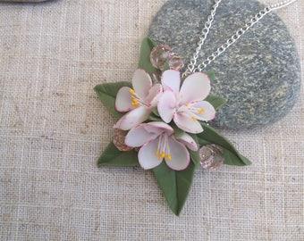 pendant with apple tree flowers/polymer clay pendant/цветочный кулон flower pendant/Handmade jeweler/delicate apple blossoms