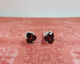 Garnet Earrings - Trillion Garnet Post Earrings - Garnet & Sterling Silver Post Earrings