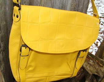 Vintage 1990s Yellow Leather Hobo Backpack Lunch Bag Style Shoulder Purse