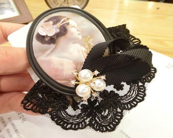 Great Retro lace oval brooch