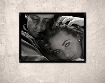 Elizabeth Taylor with head on her husband Eddie Fisher, between 1958 and 1964.Liz Taylor art print.Movie star photo.