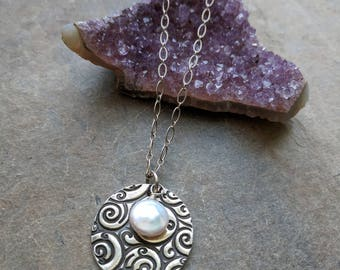 Fine Silver swirl pendant with natural coin pearl