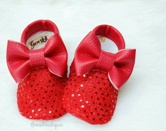 Baby Moccs, Baby Moccasins, Red baby moccs, Red moccasins, bow moccs, Red bow moccs, Sequin Moccs, Red sequin Moccs.