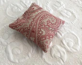 Balsam Fir Sachet - Organic Balsam Fir - organic lavender sachet - Eco friendly-  traditional gray white red paisley linen cotton fabric