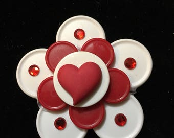 Valentines day/Heartish/red geart badge/ love/ Valentine's Day gift