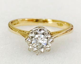 Beautiful vintage 18ct gold 0.25 carat Diamond solitaire engagement ring - fully hallmarked