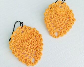 Sheridan Crochet Earrings in Melon, Lace Doily Earrings, Hippie Fashion, Beach Style, Lightweight Earrings, Gift Under 30, Textile Jewelry