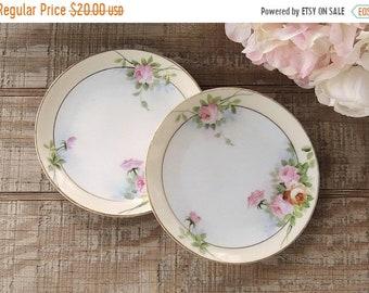 AUF Verkauf hübsche Blumen Nippon Set Bread And Butter Teller von 2 Hochzeiten Tee-Partys Cottage Stil Platten antike Teller