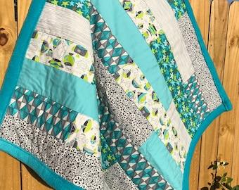 Seaside baby quilt