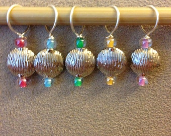 Textured metal and clear multi color lined glass sead beads- Set of 5 stitch markers