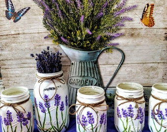 Lavender Flower Mason Jar Vases. Pint or Quart Size. Hand-Painted & Distressed Wedding, Shower, Centerpieces. Home decor. Mother's day gift