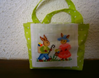 Small bag for Easter embroidered cross stitch