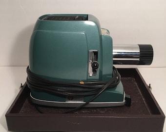 SVE Skyline Vintage Slide Projector