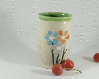 Water Glass Cocktail tumbler Save the Bees tea cup Ceramic Vase Pencil Holder Toothbrush Holder office decor  ceramic teacup orchid vase