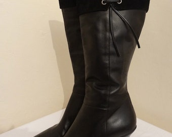Vintage Black Knee Boots Made By 'Clarks' - UK Size 6.5 - Nice!!