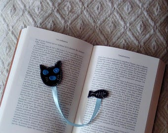bookmark black cat with his fish