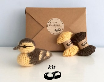 Duckling Crochet Kit / Crochet Duckling DIY Kit Craft Kit Amigurumi Kit Bird Chick Ornament Decoration Pattern / Easter Gift for Crocheter
