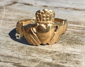 9ct Gold Irish Claddagh Ring, Ireland Claddaugh Ring, Estate Gold Claddaugh Ring, 9K Gold Claddaigh Ring, Estate 9K Ring, European Gold Ring