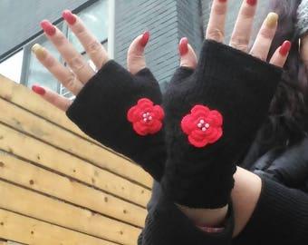 Black Fingerless Gloves, Red Rose gloves,flowers knit gloves,Black Wrist Warmers,birthday,Valentines Day Gift, Crochet gloves,Romantic Gifts