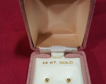 Vintage New Old Stock 14K Gold Ball Stud Earrings In Original Box
