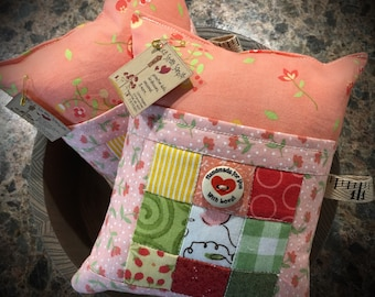 Quilted 9 Patch Pocket Pincushion!