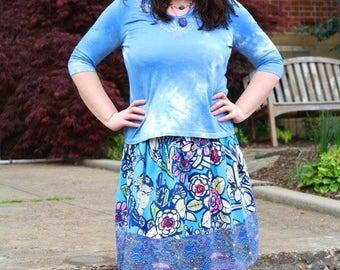 2XL. Blue Frida skirt. Elastic waist. Knee length.