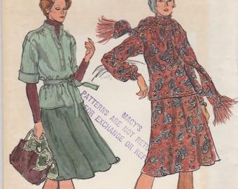 70s Tunic Blouse & Bias Skirt Pattern Vogue 9030 Size 10