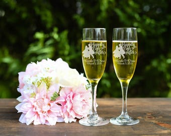 Snow White Toasting Flutes - Happily Every After Toasting Flutes - Champagne Flutes - Set of Two