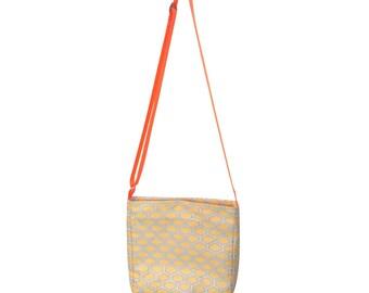 Viscose and polyamide geometric bag
